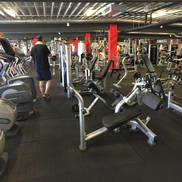 Fitnesz-terem-gumiburkolat2